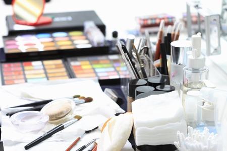Photo pour Makeup Tools - image libre de droit