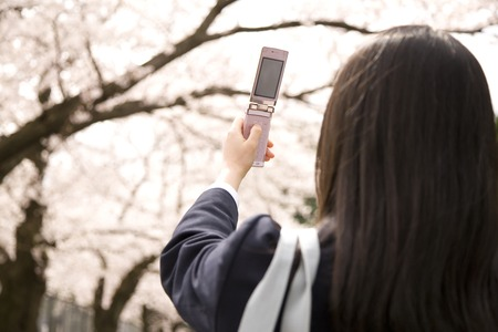 Middle school girls to shoot Sakura