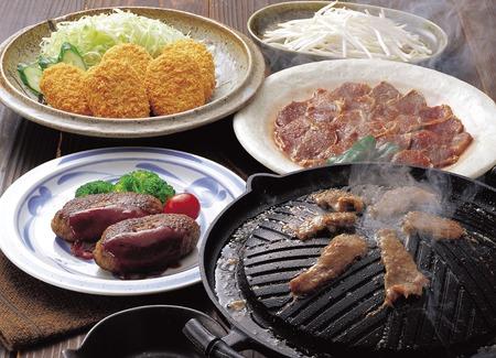 Photo pour Meat dishes - image libre de droit