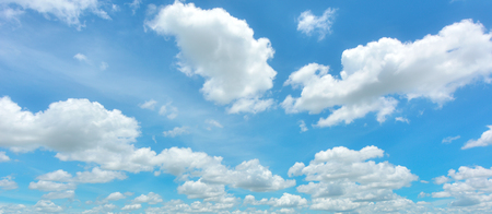 Photo pour Blue sky and white cloud - image libre de droit