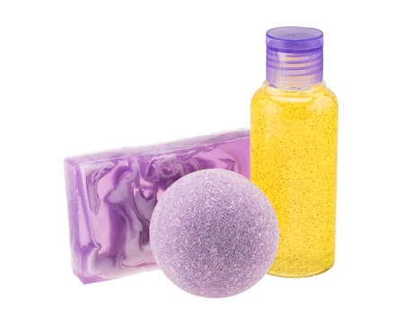 Photo pour Purple bath bomb, handmade soap and cosmetic bottle - image libre de droit