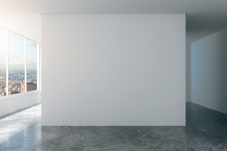 Photo pour Empty loft room with white walls, city view and concrete floor - image libre de droit