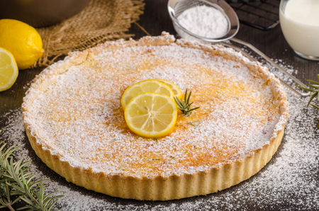 Foto de Delish leamon tart, delicious dessert, place for text - Imagen libre de derechos