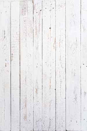 Foto de several wooden boards painted white and used - Imagen libre de derechos