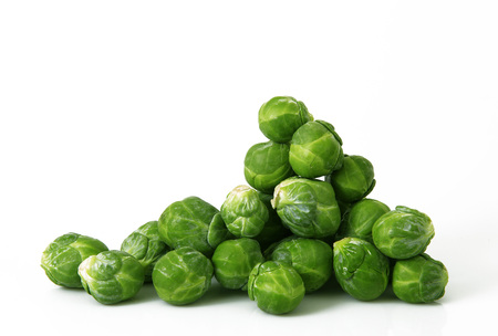 Photo pour fresh brussels sprouts on white background - image libre de droit