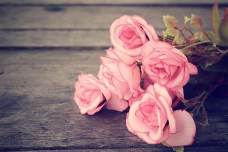 Photo pour Vintage roses - image libre de droit