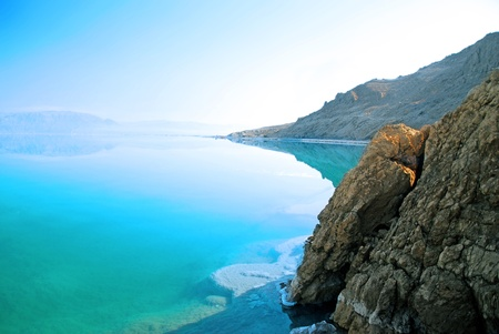 Photo pour Dead Sea landscape pretty clean in the summer day - image libre de droit