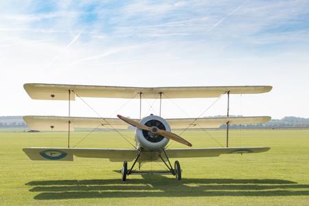 Foto de Front view of a triplane on the ground - Imagen libre de derechos