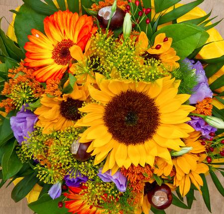 Foto de Colorful flower bouquet - Imagen libre de derechos