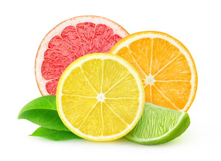 Photo pour Slices of various citrus fruits isolated on white, with clipping path - image libre de droit