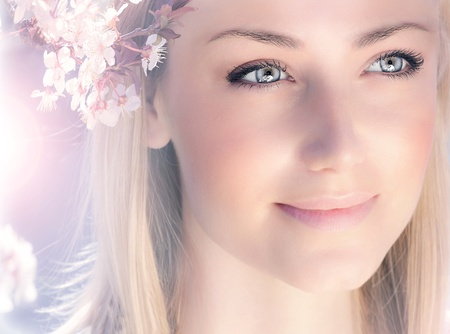 Photo for Sensual portrait of a spring woman, beautiful face female enjoying cherry blossom, dreamy girl with pink fresh flowers outdoor, seasonal nature, tree branch and glamorous lady - Royalty Free Image