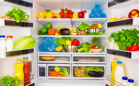 Photo pour Open fridge full of fresh fruits and vegetables, healthy food background, organic nutrition, health care, dieting concept - image libre de droit