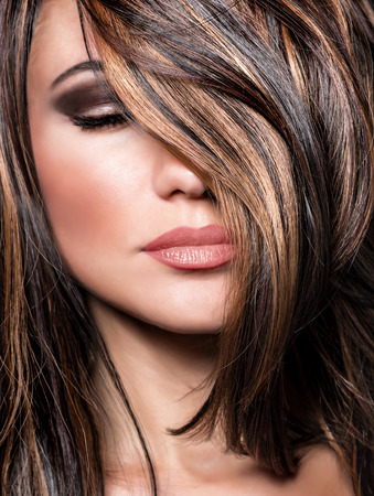 Photo for Closeup portrait of stylish gorgeous super model, beautiful makeup and glossy brown hair, luxury hairstyling salon - Royalty Free Image