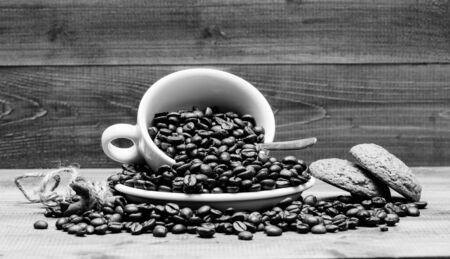 Foto de Fresh roasted coffee beans. - Imagen libre de derechos