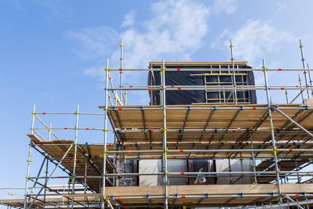 Photo pour Construction site modern new homes in the Netherlands - image libre de droit