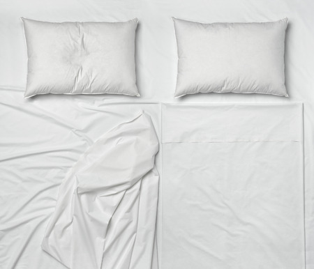 Photo pour studio shot of bedding sheets and pillows - image libre de droit