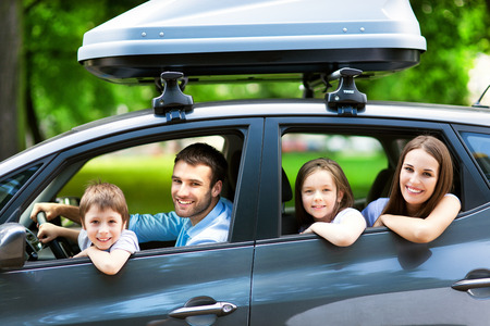 Photo pour Family car - image libre de droit