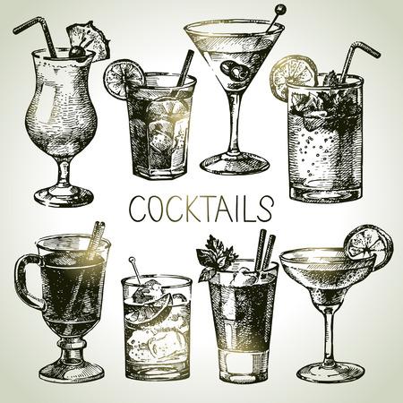 Ilustración de Hand drawn sketch set of alcoholic cocktails. Vector illustration - Imagen libre de derechos