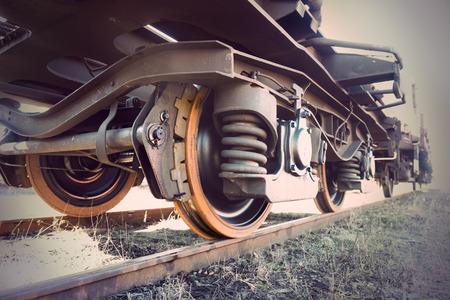Photo pour Low angle view of wheel of vintage train - image libre de droit