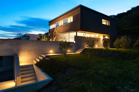 Photo pour Architecture modern design, beautiful house, night scene - image libre de droit