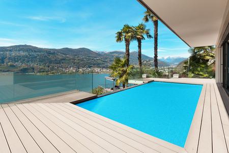 Photo pour modern house beautiful patio with pool, outdoor - image libre de droit