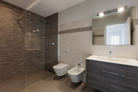 Foto de interior of new apartment, modern bathroom with shower - Imagen libre de derechos