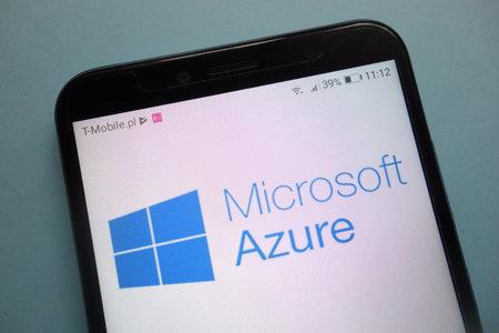 Foto de KONSKIE, POLAND - November 03, 2018: Microsoft Azure logo on smartphone - Imagen libre de derechos