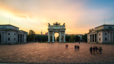 Photo pour Arco della Pace or Arch of Peace in Milan, Italy, built as part of Foro Bonaparte to celebrate Napoleon's victories. It is city gate of Milan located at center of Simplon Square in Milan, Italy. - image libre de droit