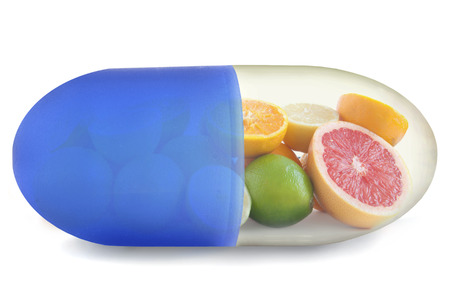 Photo pour Vitamin C pill - image libre de droit