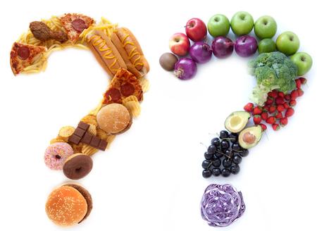 Photo pour Healthy unhealthy food choices - image libre de droit