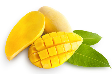 Foto de Yellow mango isolated on white background - Imagen libre de derechos