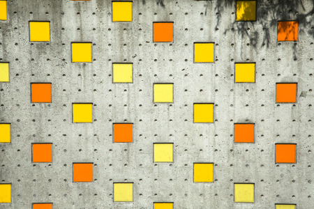 Photo pour Square colorful background in orange, yellow on street wall - image libre de droit