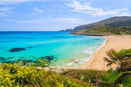 Foto per View of sandy Cala Mesquida bay with beach, Majorca island, Spain - Immagine Royalty Free