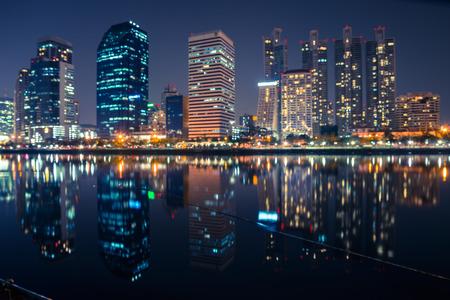 Foto de Abstract urban night light bokeh , defocused background - Imagen libre de derechos
