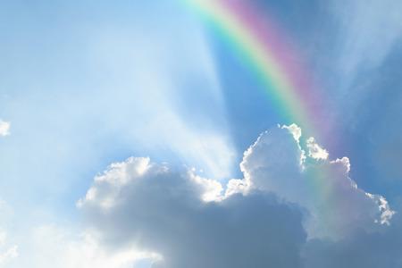 Foto de Nature cloudscape with blue sky and white cloud with rainbow - Imagen libre de derechos