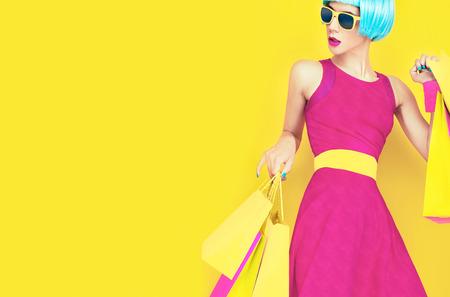 Foto de Glamorous shopping lady - Imagen libre de derechos