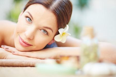 Photo pour Close-up of female relaxed face - image libre de droit