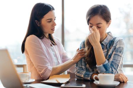 Photo pour Consoling a Friend - image libre de droit