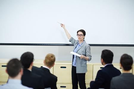 Photo pour Business teaching - image libre de droit