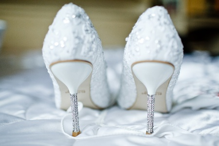 Foto de Wedding shoes for the bride - Imagen libre de derechos