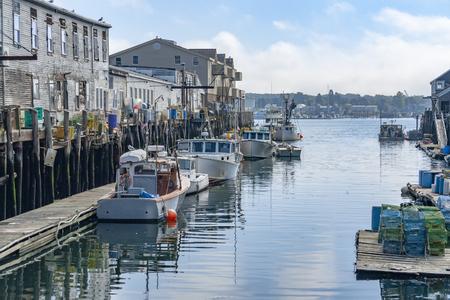 Photo pour Harbor scenery in Portland, a city in Maine, USA - image libre de droit