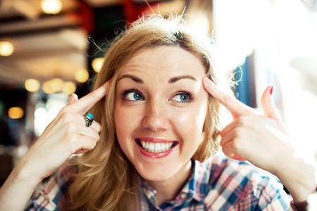 Photo pour Young smart successful female smiling - image libre de droit