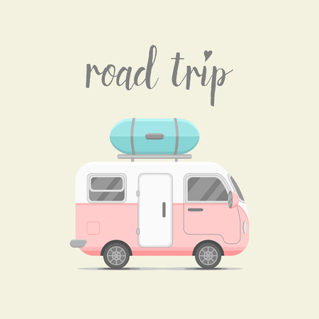 Foto de caravan trailer with baggage box. Mobile home illustration. Traveler truck flat icon. Family traveler truck summer trip concept. emblem concept. Road trip - Imagen libre de derechos