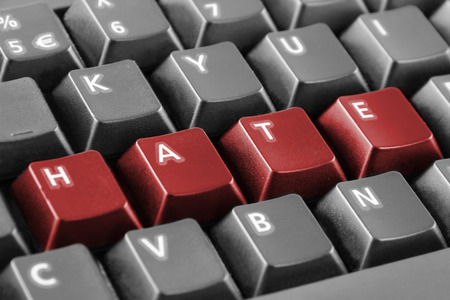 Photo pour Word hate written with keyboard buttons - image libre de droit