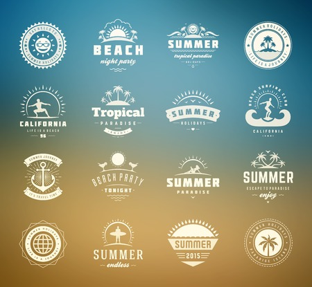 Foto de Summer holidays design elements and typography set. Retro and vintage templates. Labels, Badges, Posters, T-shirts, Apparel. Vector set. Beach vacation, party, travel, tropical paradise, adventure. - Imagen libre de derechos