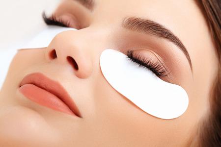 Photo pour Woman Eye with Long Eyelashes. Eyelash Extension - image libre de droit