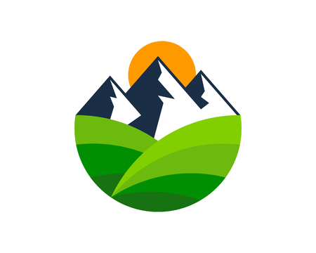 Illustration pour Mountain Logo Icon Design - image libre de droit