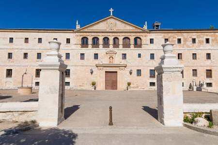 Photo pour facade of Monastery Santa Maria de la Vid, landmark and monument from twelfth century, in Burgos, Castile and Leon, Spain, Europe - image libre de droit