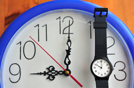 Clock and watche that show the time during Daylight saving time (DST).