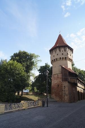 Photo pour The Carpenters' Tower (Turnul Dulgherilor), Sibiu, Transylvania, Romania - image libre de droit